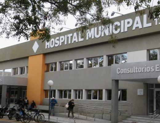 Hospital gente barbijo