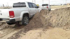 camioneta reten tierra
