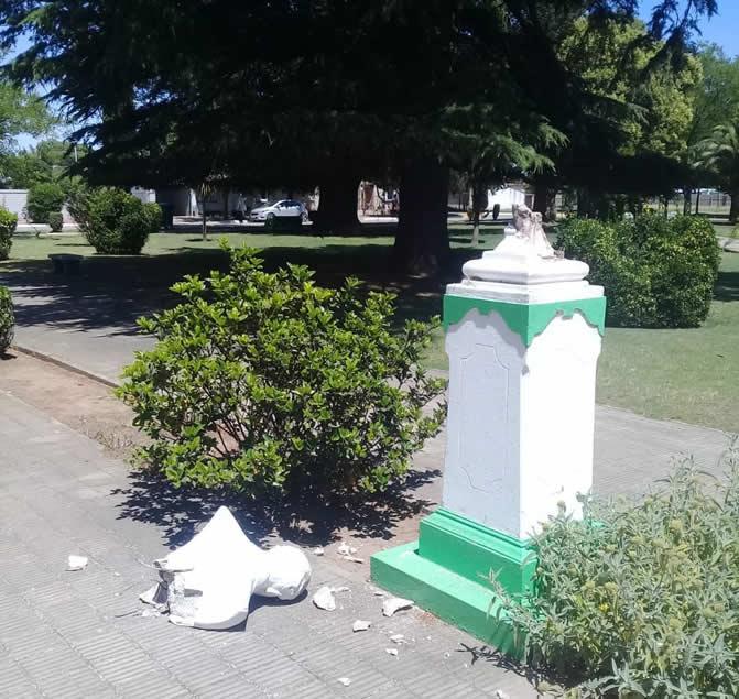 busto plaza beruti